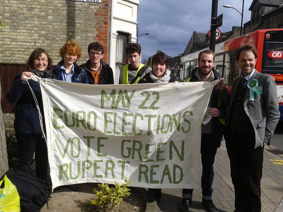 Cambridge Young Greens campaigning in Petersfield ward in Cambridge
