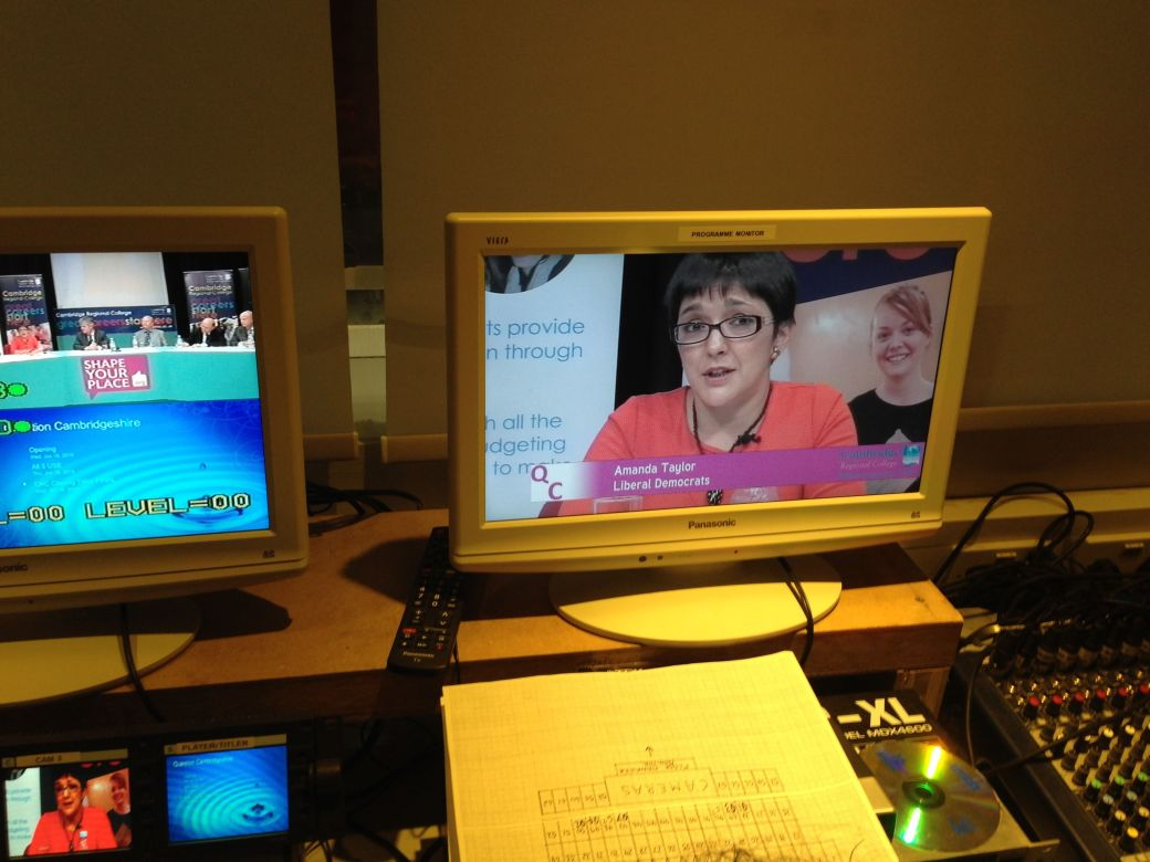 Cllr Amanda Taylor (@Librallady on Twitter) as seen on screens inside the director's box