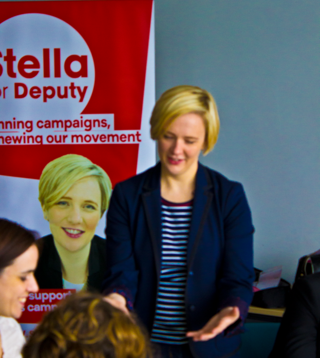 Dr Stella Creasy MP (standing) invites participants to list and prioritise the issues they want to discuss.