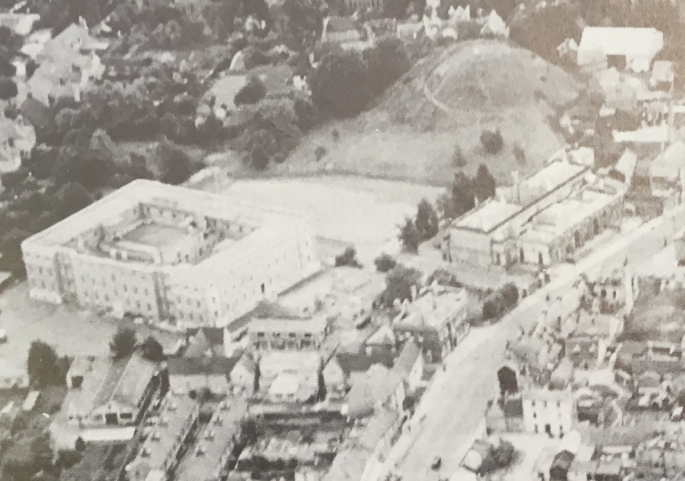 Cambridge Castle Hill from air southwards
